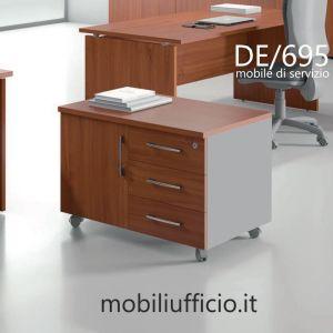 DE695 mobile di servizio DERBY operativa su ruote
