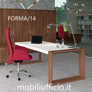 FORMA/14 scrivania manager con base GAMBA CHIUSA