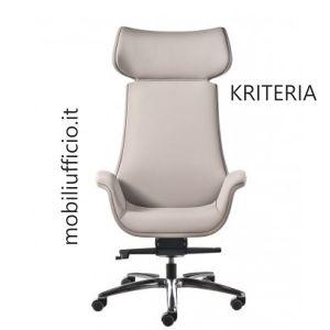 KR13 poltrona presidenziale KRITERIA con braccioli integrati